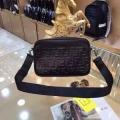 精巧な逸品 ショルダーバッグ 上質なデザイン フェンディ高品質な商品 FENDI 流行フォルム