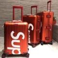 2019春夏にも引き続き大活躍!  シュプリーム SUPREME    ファッション感が急上昇! スーツケース