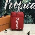 2019夏に意外と人気な新作  シュプリーム SUPREME    たくさん歩く日にも大活躍 スーツケース