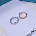 2色可選 秋のコーデで使いやすい   リング/指輪 一気にトレンド感が出す ティファニー Tiffany&Co 遊び心たっぷり秋冬コーデ