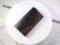 LOUIS VUITTON 今シーズンもトレンド感溢れたコーデ  ルイ ヴィトン 日々のスタイリングの幅をもっと広げる 財布/ウォレット 3色可選 秋のコーデで使いやすい
