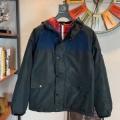 秋を感じるスタイルを楽しむ  モンクレール 冬ファッションコーデの幅も広がる MONCLER メンズ ダウンジャケット 真冬でおしゃれに着こなす 2色可選